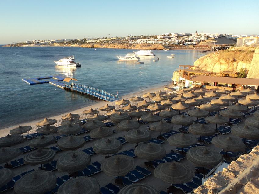Один из трёх пляжей Дессоле Роял Роджана.