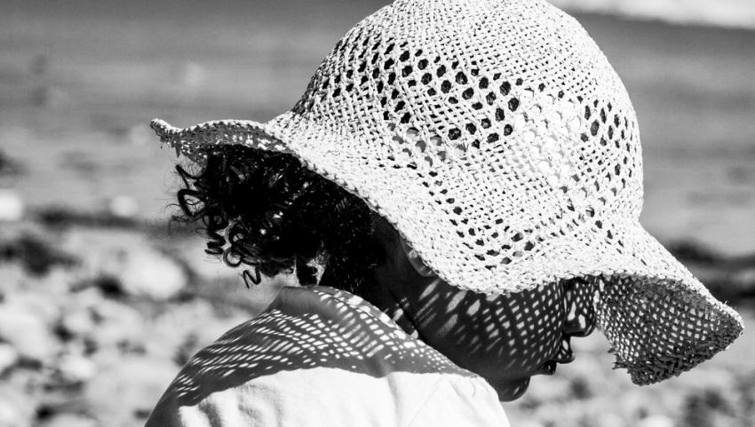 Девчушка в шляпке