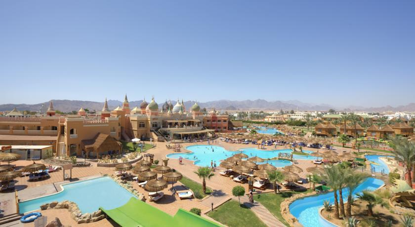 Вид на территорию отеля