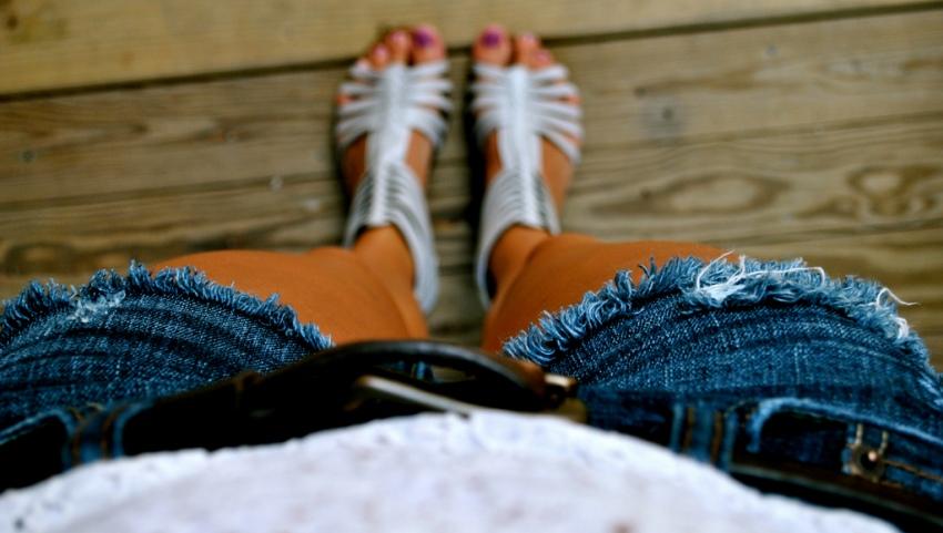 Загорелые ножки