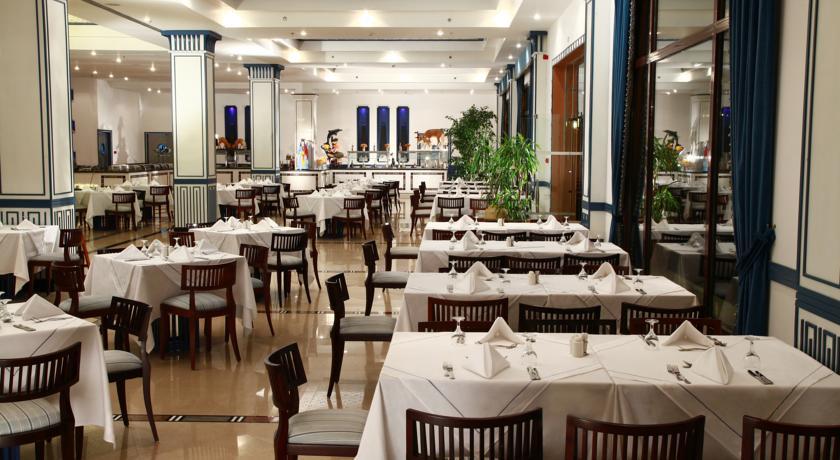 Ресторан.
