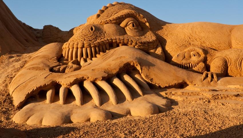 Фигура из песка.