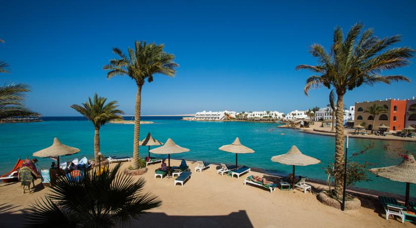 Пляж Arabia Azur.