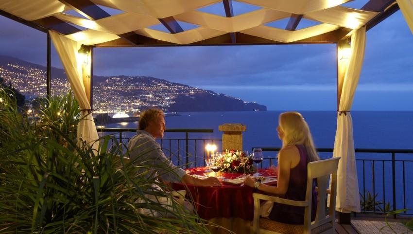 Романтический ужин в отеле Шарм-эль-Шейха.