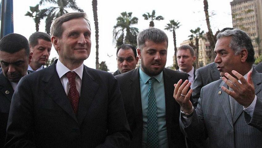 Спикер Госдумы Сергей Нарышкин обсудил возможной возвращение русских туристов в Египет в парламентариями страны.